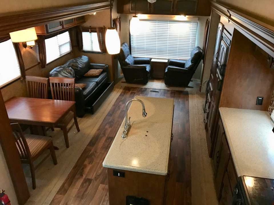 Used 2015 Forest River Rv Salem Hemisphere Lite 336rlt