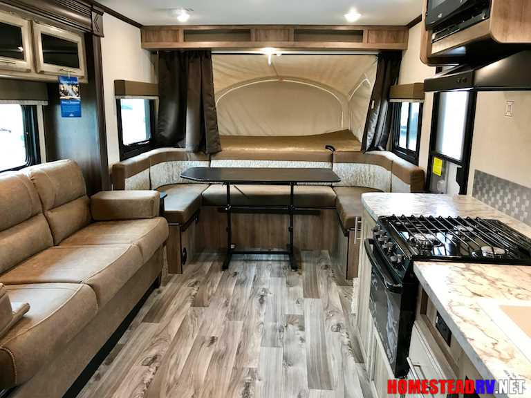 New 2018 Jayco Jay Feather X23b Travel Trailer Stock