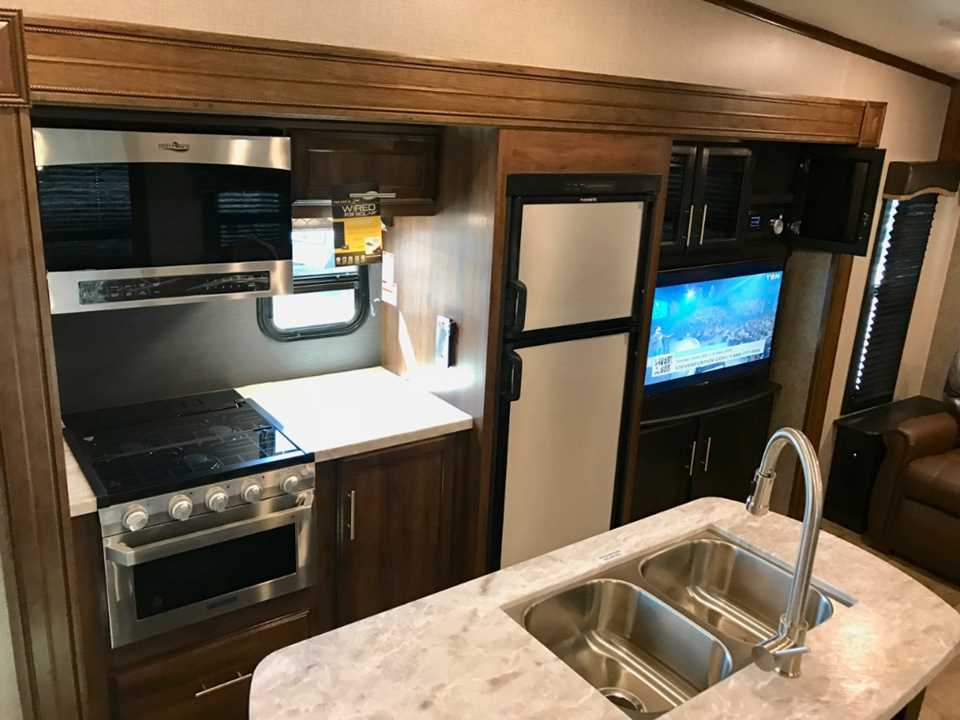New 2019 Jayco Eagle Htx 28rsx Fifthwheel Stock 1191 For